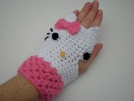 hello kitty gloves by amy kleinpeter